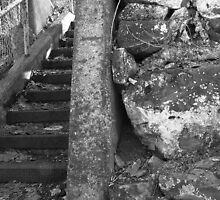 Gorge steps  by coffeenoir