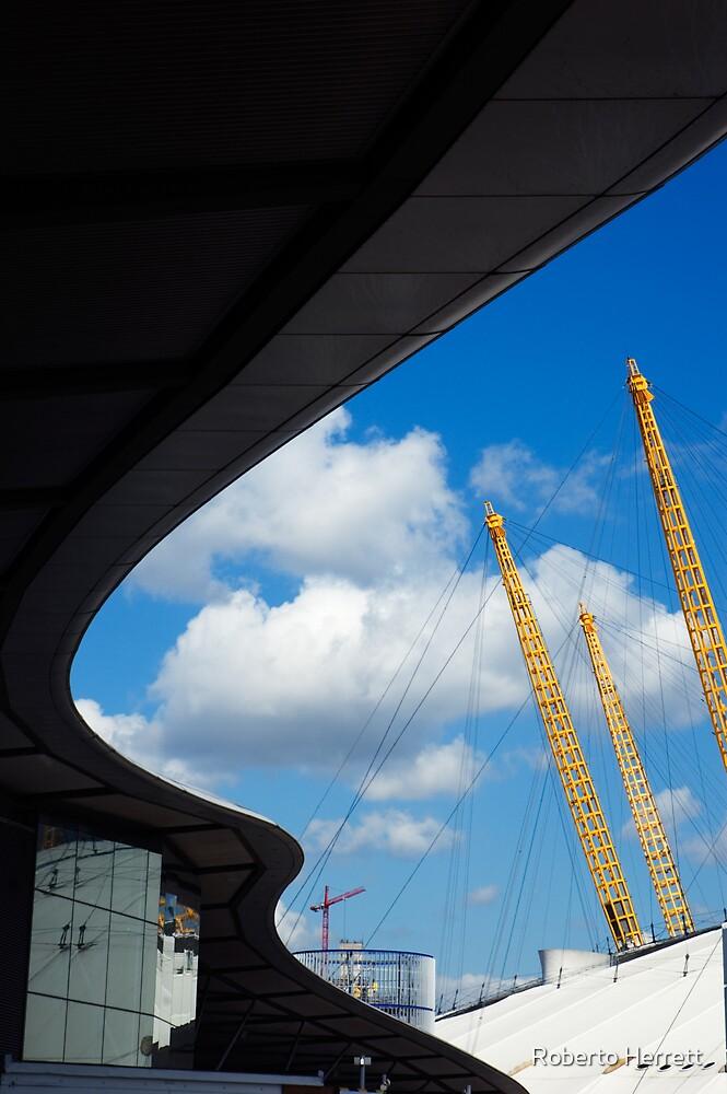 O2 Arena, London by Roberto Herrett