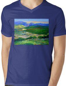 Beechmont to Mt Warning  Mens V-Neck T-Shirt