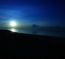 Sunrise at Sanur Beach by maorriyan