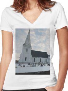 Reverent Sky Women's Fitted V-Neck T-Shirt