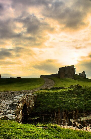 Duffus Castle by Rob Outram