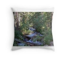 calvin and hobbes forest Throw Pillow
