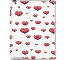 seamless pattern with volumetric hearts on the white background iPad Case/Skin