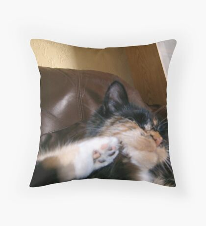 Madness of Queen Lily Throw Pillow