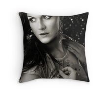 something in mind Throw Pillow