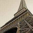 Eiffel Tower, Las Vegas by K W