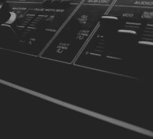 Roland SH-09 Synthesiser by nodataavailable