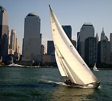 Sailing by New York by jpuent09
