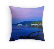 Twighlight over Airlie. Throw Pillow