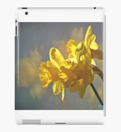 Morning Daffodils iPad Case/Skin