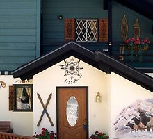 Behold this chalet ! by daffodil