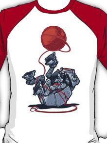 Cat-At Loves Yarn! T-Shirt