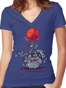 Cat-At Loves Yarn! Women's Fitted V-Neck T-Shirt