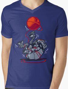 Cat-At Loves Yarn! Mens V-Neck T-Shirt