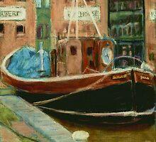 Old Boat - Gloucester Docks, UK by helikettle