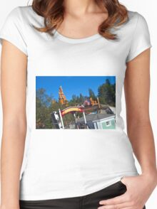 Twain View Women's Fitted Scoop T-Shirt