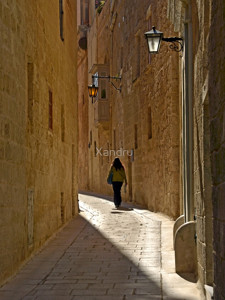 Narrow Streets by Xandru