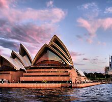 Sunset at Bennelong Point II by andreisky