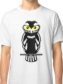 Black and White Owl Classic T-Shirt