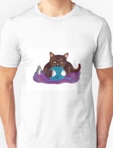 Blue Ball of Yarn for Mouse and Kitten T-Shirt
