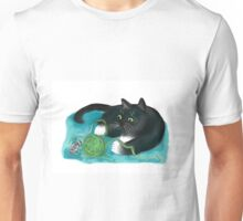 Mouse and Kitten Play with Green Yarn  Unisex T-Shirt