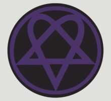 Heartagram - Purple on Black by PommyKaine