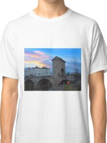 Monnow bridge, Monmouth, Wales, at sunset Classic T-Shirt