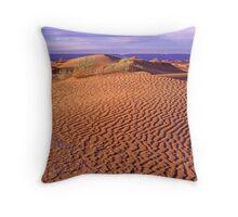 Ripples in a desert dune Throw Pillow