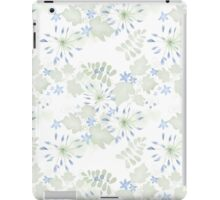 Seamless patterns with beautiful flowers iPad Case/Skin