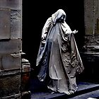 ACTOR AS STATUE OF SAVONAROLA - ATTORE DI STATUA DI SAVONAROLA by Thomas Barker-Detwiler
