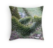 Spikey Leaves Throw Pillow