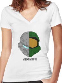 #HuntTheTruth - Locke/Master Chief Colour Women's Fitted V-Neck T-Shirt
