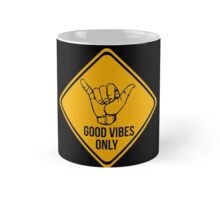 Shaka sign - Caution. Hang loose. Good vibes only. Surf style. Mug