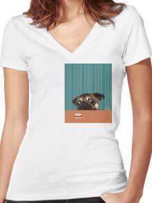 Le pug et le macaron Women's Fitted V-Neck T-Shirt