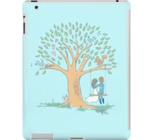Couple in love with pretty heart tree iPad Case/Skin