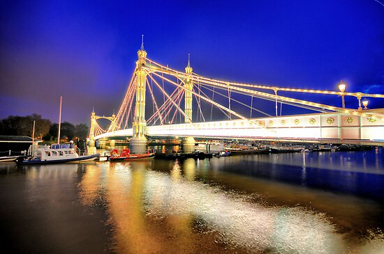 Albert Bridge - London by Dominic Kamp