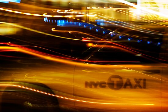 taxi nyc by Shannon Holm
