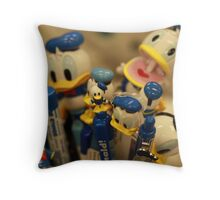 Donald Duck maniac Throw Pillow