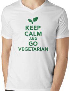 Keep calm and go vegetarian Mens V-Neck T-Shirt