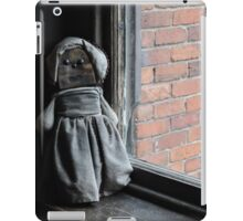 Old Dolly, Loved and Worn iPad Case/Skin