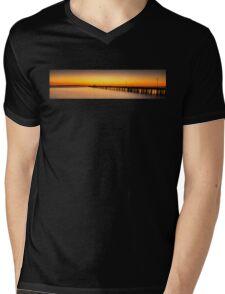 Shorncliffe Pier Silhouette Mens V-Neck T-Shirt