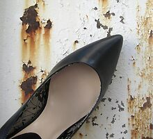 Solo Black Shoe by MagnumCreative