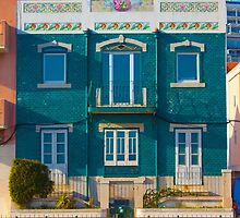 casa na cruz quebrada. tiled house by terezadelpilar~ art & architecture