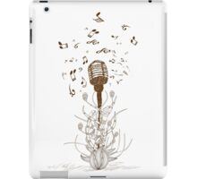Beautiful doodle art microphone iPad Case/Skin