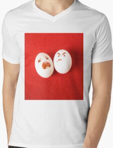 Funny easter emotion eggs isolated on red, love happy eggs couple Mens V-Neck T-Shirt