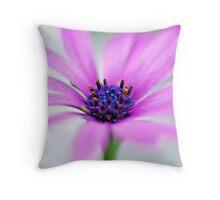 Garden Daisy Throw Pillow
