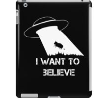 I want to believe - cow abduction iPad Case/Skin