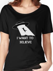 I want to believe - cat abduction Women's Relaxed Fit T-Shirt
