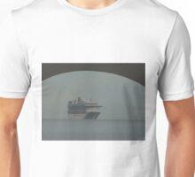 cruiser at a hazy day - crucero en un día calinoso Unisex T-Shirt